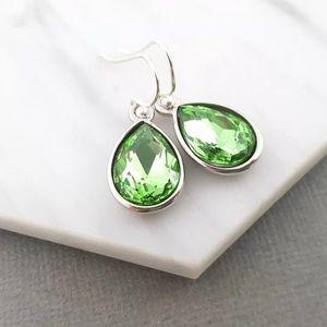❤️2/$12 August Birthstone Peridot Crystal Earrings